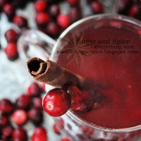 Mulled Apple and Cranberry Apple Cider